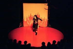 """France – """"With a Doll in Her Pocket"""" by Teatro delle Briciole"""