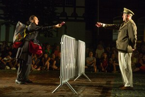 Germany - Teatro Due Mondi at the 30th anniversary of the fall of the Berlin Wall