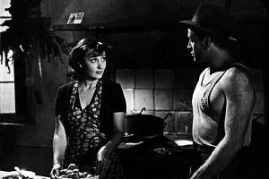 """Ossessione"" di Luchino Visconti (1943), Clara Calamai e Massimo Girotti [ph. Osvaldo Civirani]"