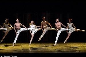 MM contemporary dance, Bolero -ph. Riccardo Panozzo