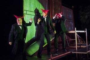 Teatro Due Mondi, I nove comandamenti